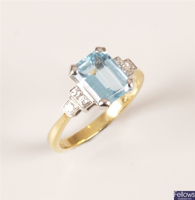 18ct gold aquamarine and diamond ring, with a