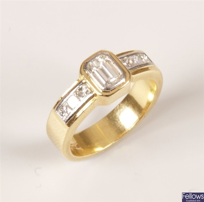 18ct bi-colour gold trap cut diamond set ring,