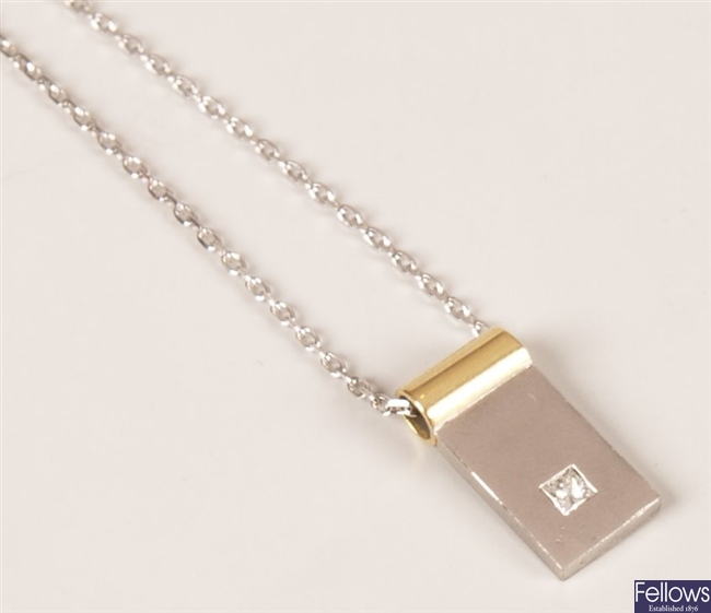 18ct bi-colour gold rectangular shape pendant