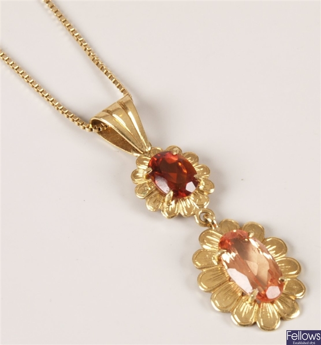 18ct gold gem set pendant, with a oval orange