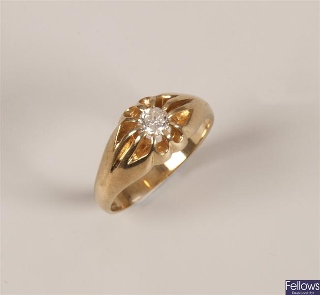 9ct gold gentleman's single stone diamond ring in