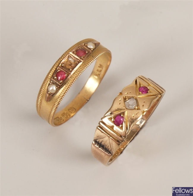Two rings, to include a Victorian 9ct gold five