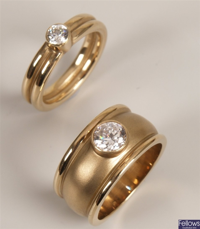 Two 9ct gold rings to include a wide textured