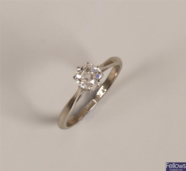 18ct gold single stone old european cut diamond