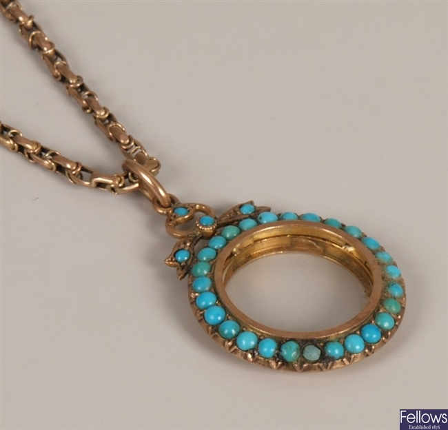 Edwardian 9ct gold circular turquoise set photo