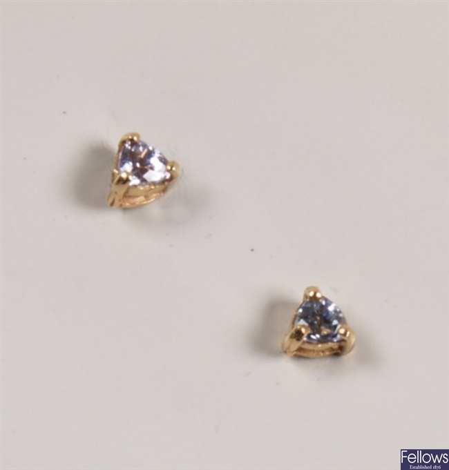 14ct gold single stone tanzanite stud earrings