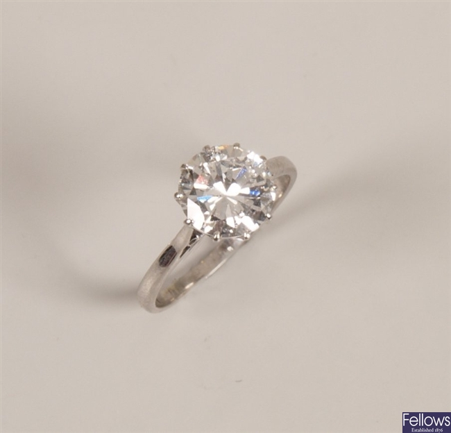 18ct white gold and platinum mounted round cut