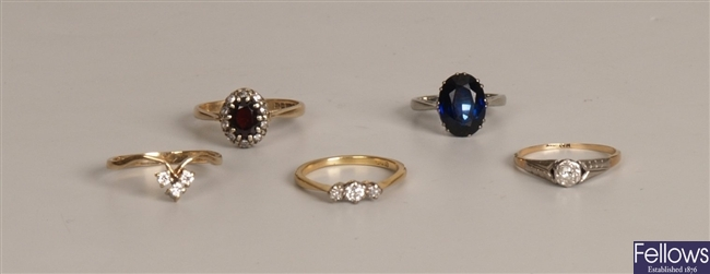 Five rings, to include an 18ct white gold oval