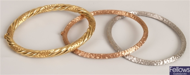 Three 9ct gold bangles, to include a 9ct gold