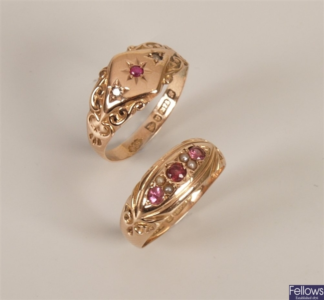 Two rings to include an Edwardian 9ct gold