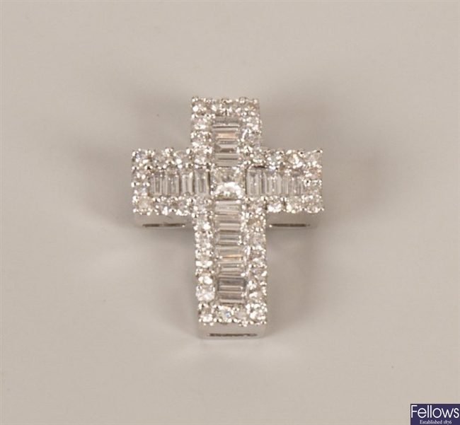18ct white gold diamond set cross pendant, with a