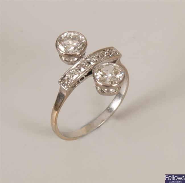 Old european cut diamond set up finger ring, with