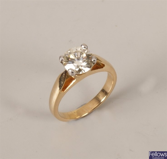 18k gold single stone diamond ring set a round