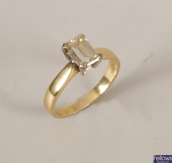 18ct gold corner claw set trap cut single stone