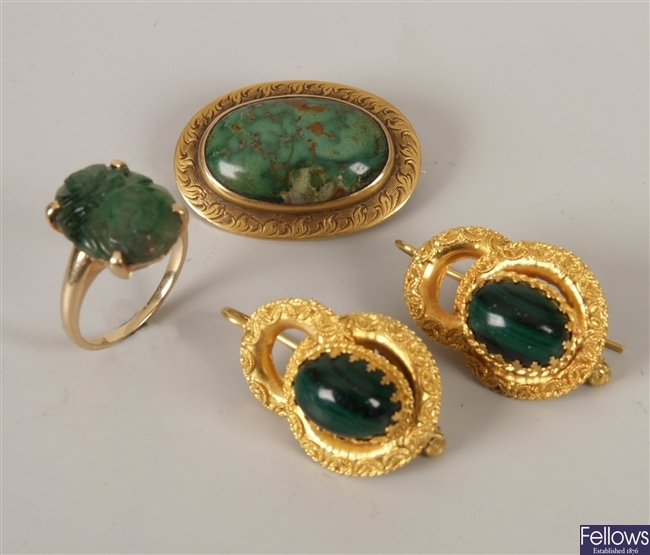 Pair of continental gold mounted oval malachite