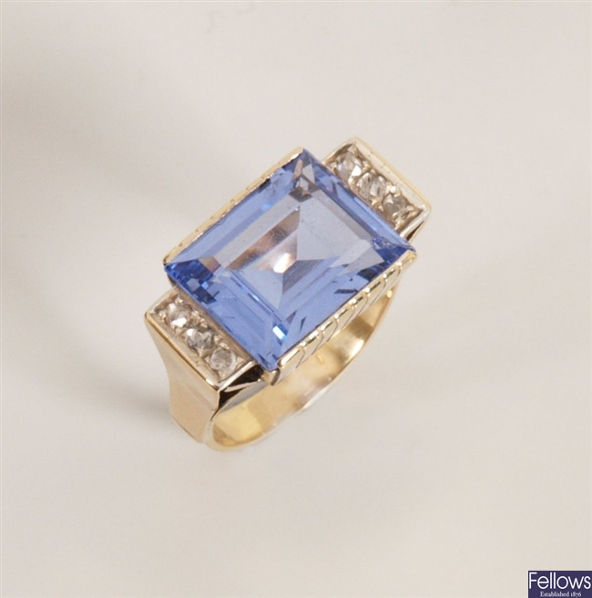 18ct gold blue paste and diamond ring with large
