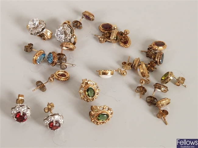 A quantity of 9ct gold gem set earrings, to