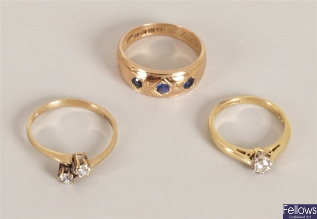 Three rings, to include an 18ct gold single stone