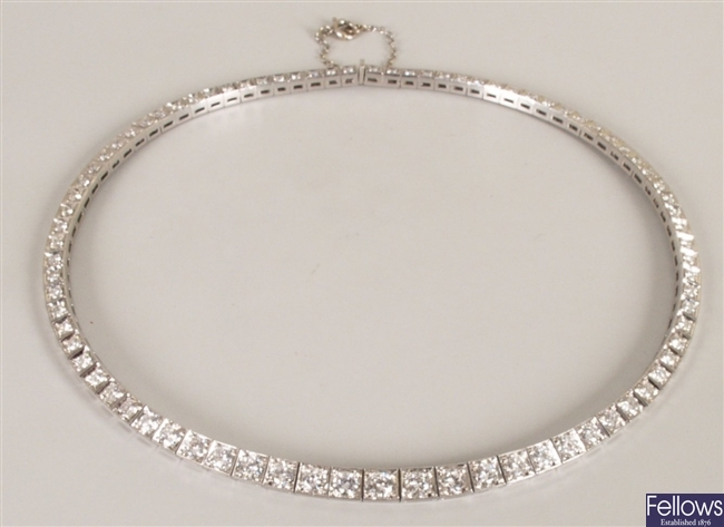 18ct white gold diamond collarette with eighty