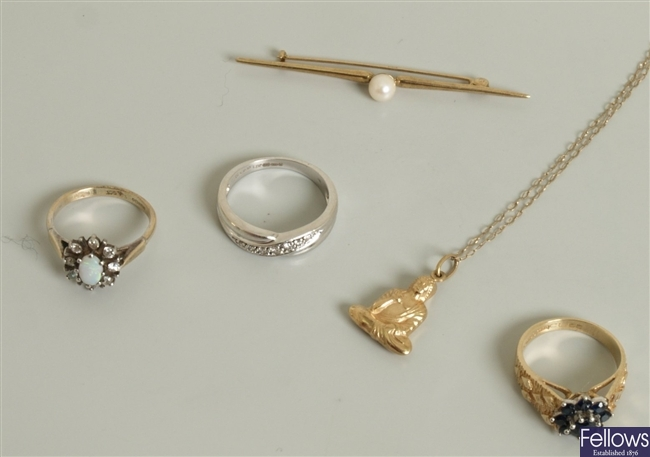 A small quantity of items, to include a 9ct gold