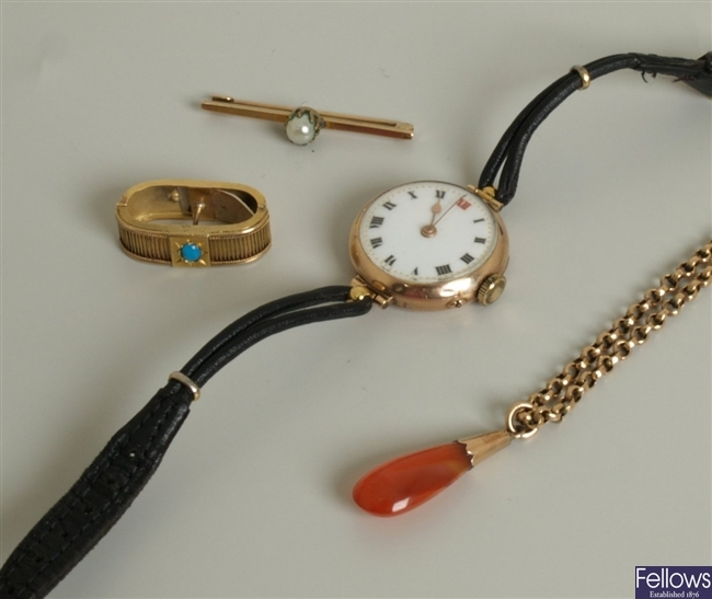 Four items, to include a turquoise cabochon set