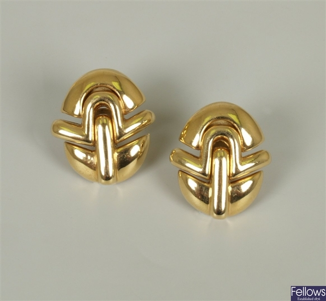 Wempe - 18ct gold oval abstract deign stud