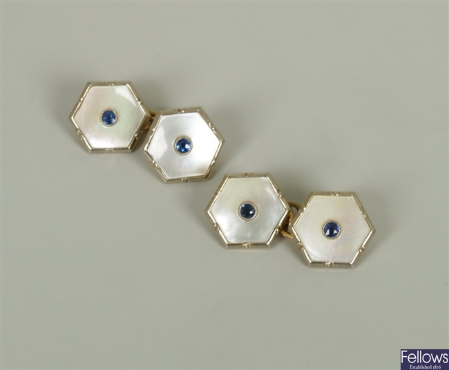 Pair of 18ct gold chain link cufflinks if