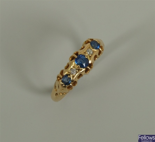 Edwardian 18ct gold five stone sapphire and