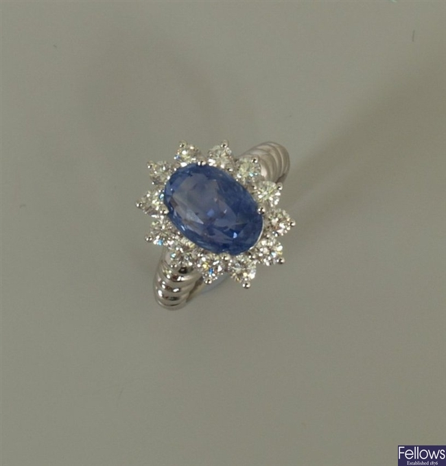 18k white gold untreated sapphire and diamond