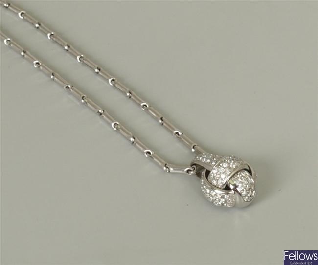18ct white gold round brilliant diamond set knot