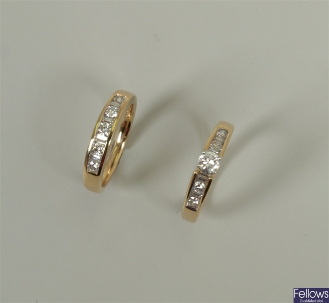 14ct gold single stone diamond ring with four