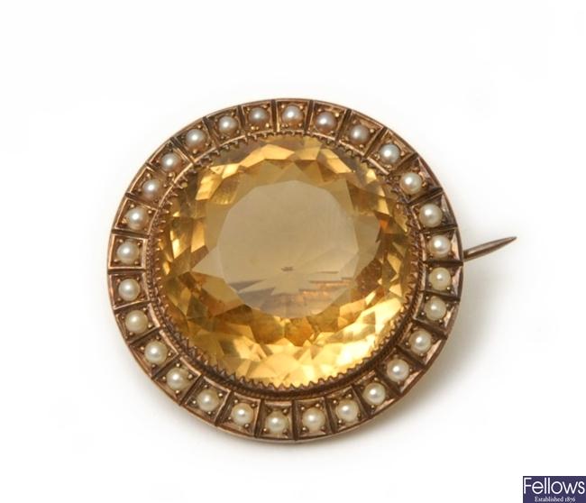 A Victorian circular citrine and split pearl