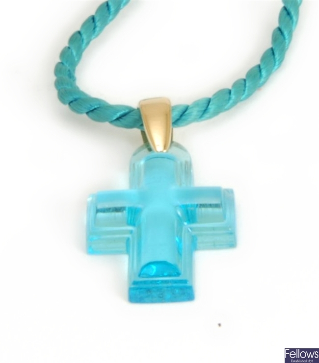 LALIQUE - a turquoise crystal cross 2.2cms x