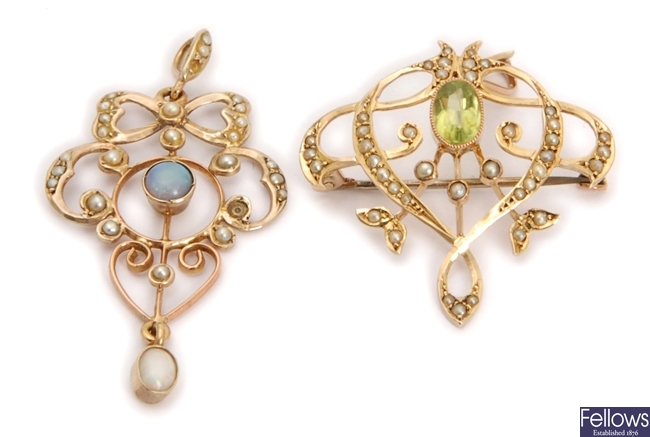 Two pendants, to include a 9ct gold opal and