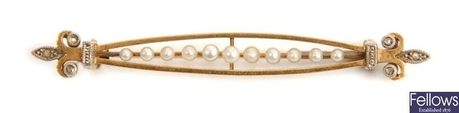 A French early twentieth century seed pearl bar