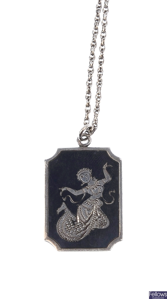 A quantity of siam jewellery, to include a