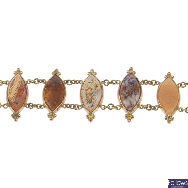 A Scottish agate bracelet.
