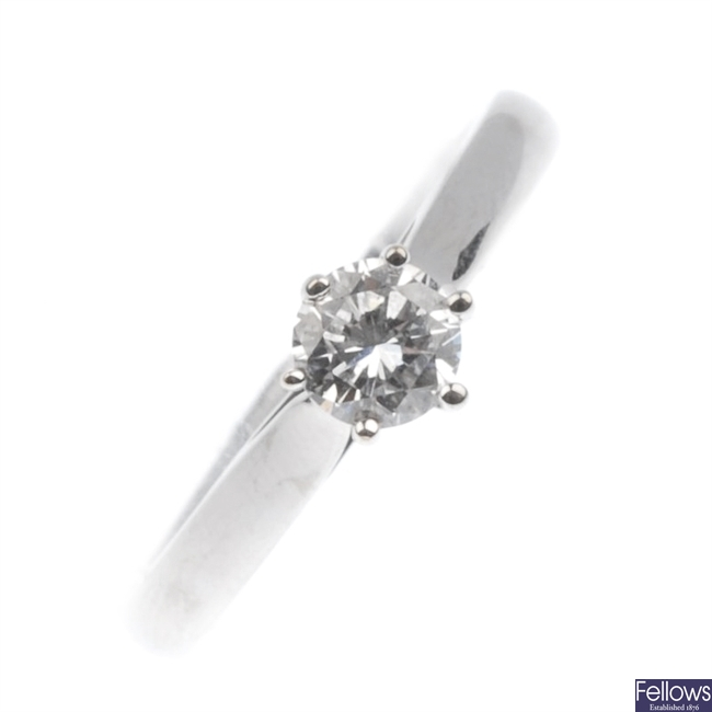18ct white gold single stone diamond ring.