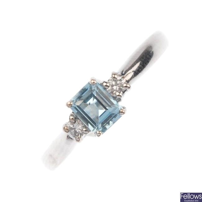 18ct white gold aquamarine and diamond ring.