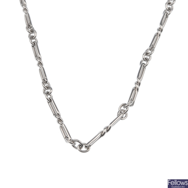 9ct white gold necklace.