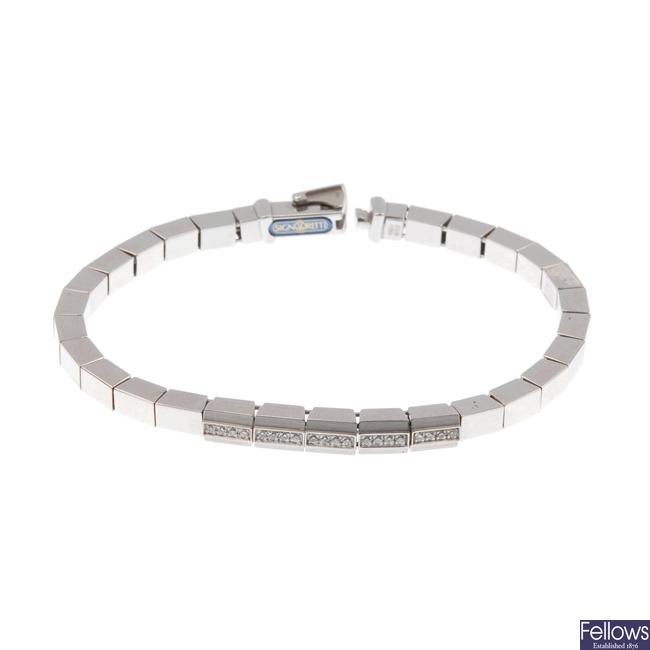 18ct white gold diamond set bracelet.