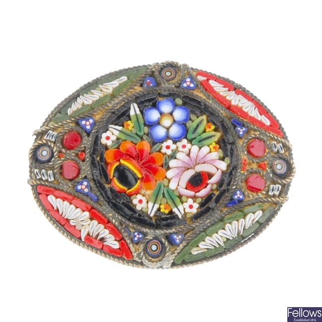 Twenty micro mosaic items.