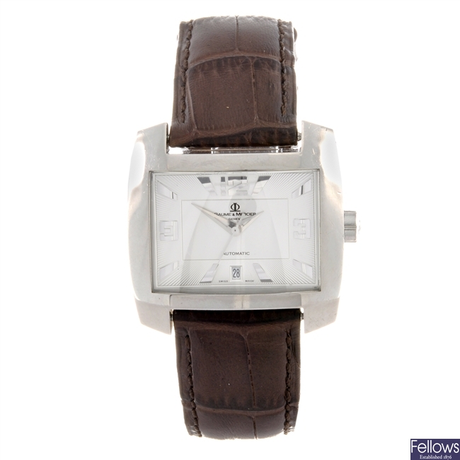 A stainless steel automatic gents Baume & Mercier wrist watch