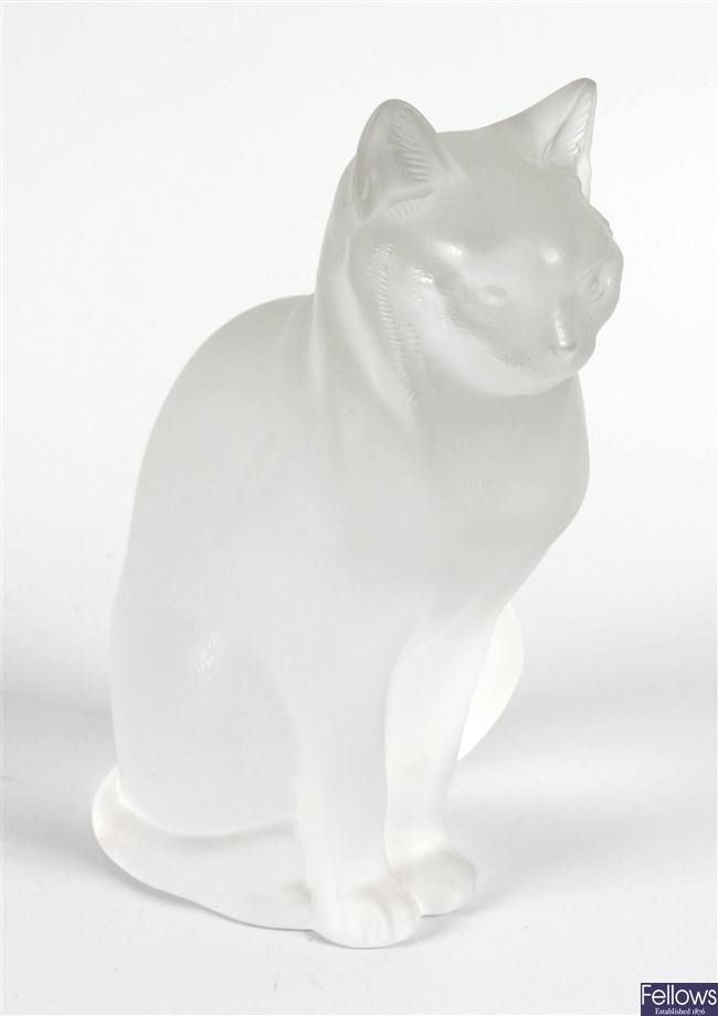 A modern Lalique crystal cat