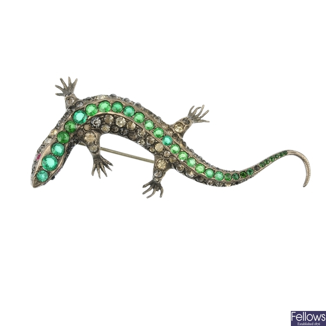 A paste salamander brooch.