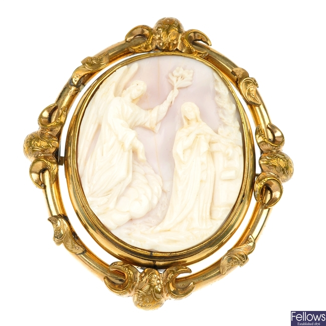 A late 19th century conch shell cameo brooch, circa 1880.