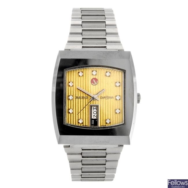 A stainless steel automatic gentleman's Rado bracelet watch.