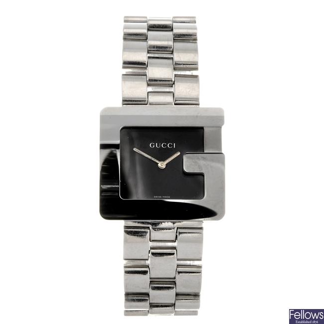 A stainless steel quartz gentleman's Gucci 3600M bracelet watch.
