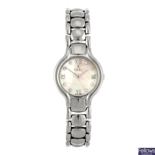 A stainless steel quartz lady's Ebel Beluga bracelet watch.