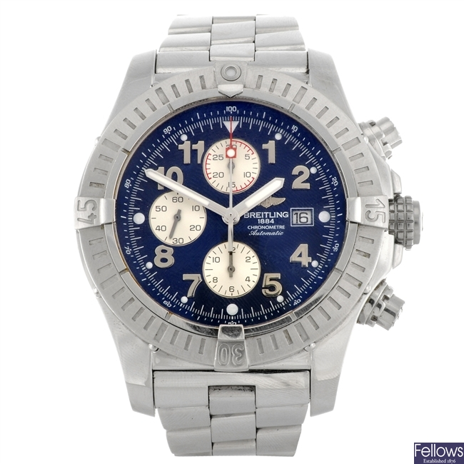 (304284317) A stainless steel automatic gentleman's Breitling Super Avenger bracelet watch.